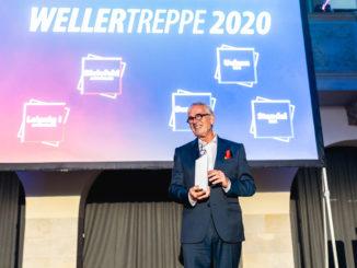 Burkhard Weller bei der Verleihung der WELLERTREPPE. Fotos : Tim Keweritsch